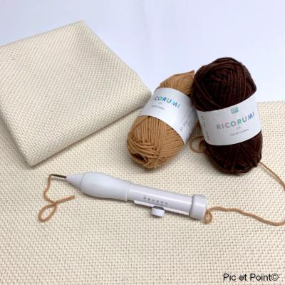 Toile Punch Needle
