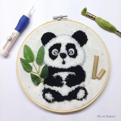 "Semi-Kit  Punch Needle ""Yuan le Petit Panda"""